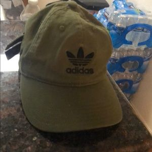 Accessories - Adidas hat